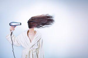 prostowanie włosów keratyną